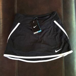 Nike Dry Fit athletic skirt